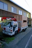 木箱no.1製作過程 ユニックに乗っける